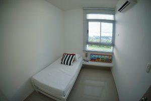 Vista exterior, puntos de televisión, instalación de tuberías para aire acondicionado mini-split, clóset amplio y terminado